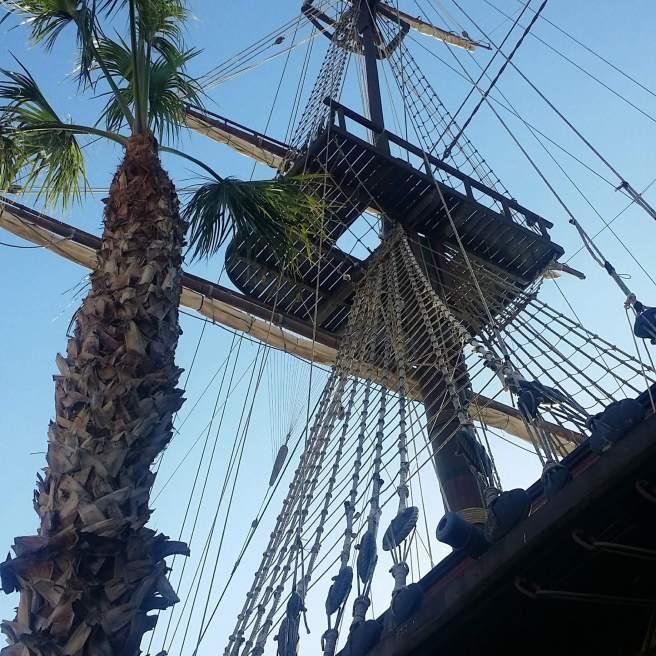 In Alicante liegt der Stolz der spanischen Marine und das einst größte Kriegsschiff der Welt