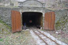 Der Eingang der Stollens... für mich sieht er immer noch mystisch aus! (2)
