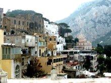 In Capri Stadt geht es steil und eng zu