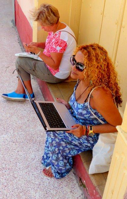 ....Laptop, solange es WLAN gibt
