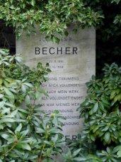 Verfasser der Becher-Hymne der DDR, 1881-1958
