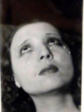 Man Ray, Die Tränen