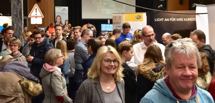 Start der fünften Berufs- und Studieninformationsmesse in Wadersloh am 23. Februar