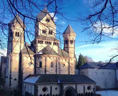 Kloster Maria Laach im Winter