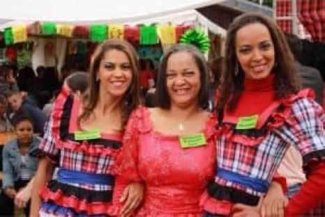 Festa Junina drei Schwestern
