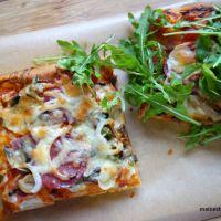 Pizza dick und fluffig, nach Art Sfincione