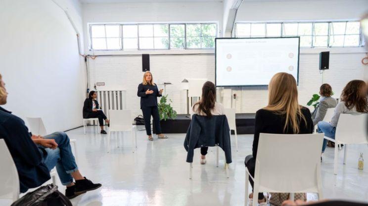 Daniela Rathe, Leiterin Politik und Außenbeziehungen, aware_Conference, Berlin, 2020, Porsche AG