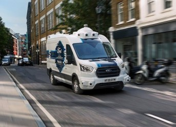 Paketzustellung mit selbstfahrenden Transportern