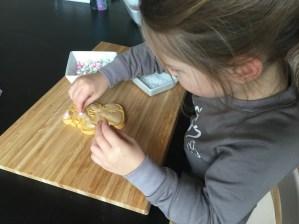 koekjes versieren met peuter
