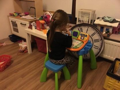 thuis werken met kinderen vtech bureau