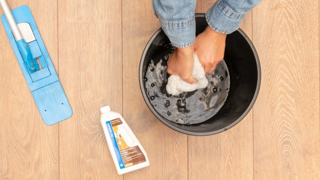Tips and instructions for parquet maintenance