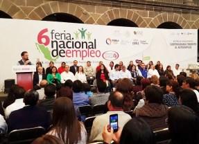México repuntó en empleo después de 35 años