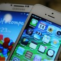 galaxys4-vs-iphone-5