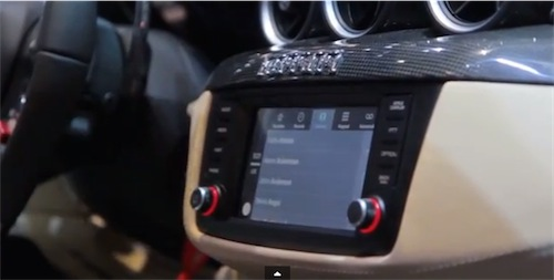 Ferrari CarPlay Apple