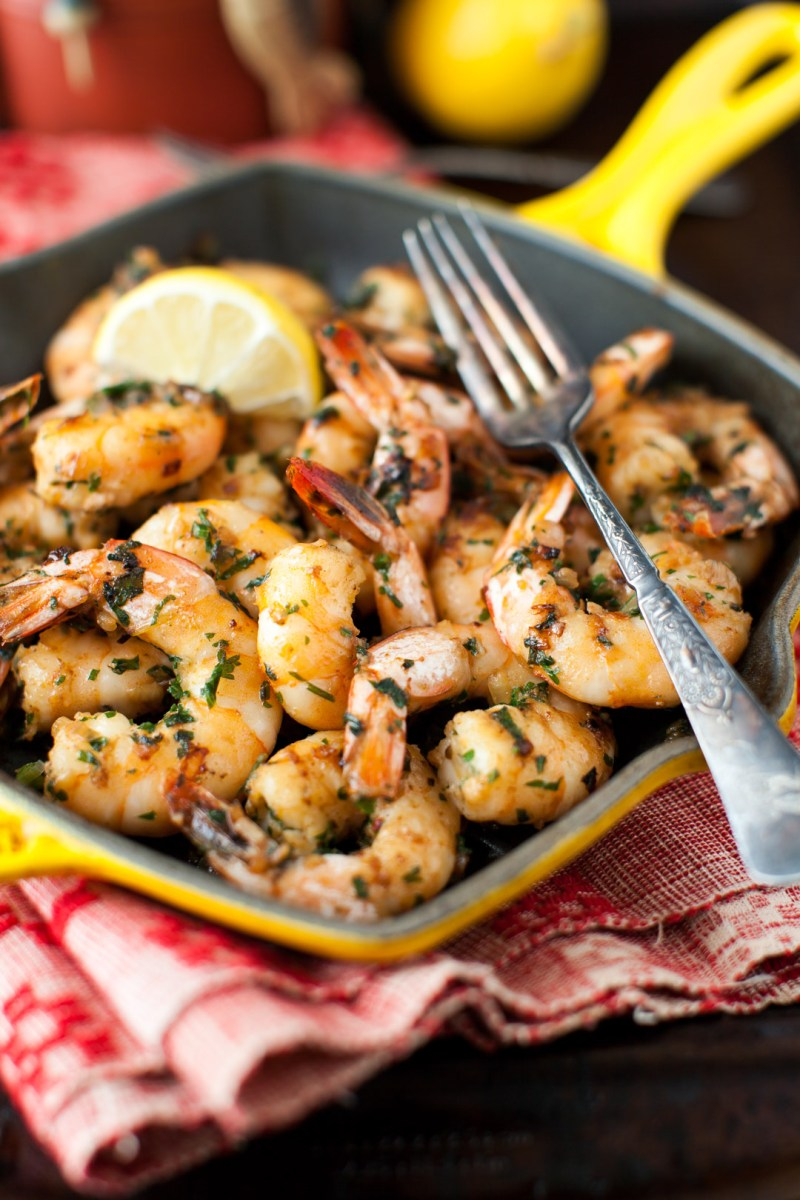 Shrimp with Garlic and Parsley – The Best Sizzling Spicy Appetizer