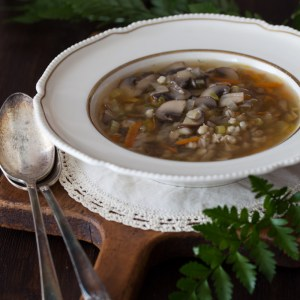 "Russian Monday: ""Gribnoy Soup"" - Mushroom Barley Soup"