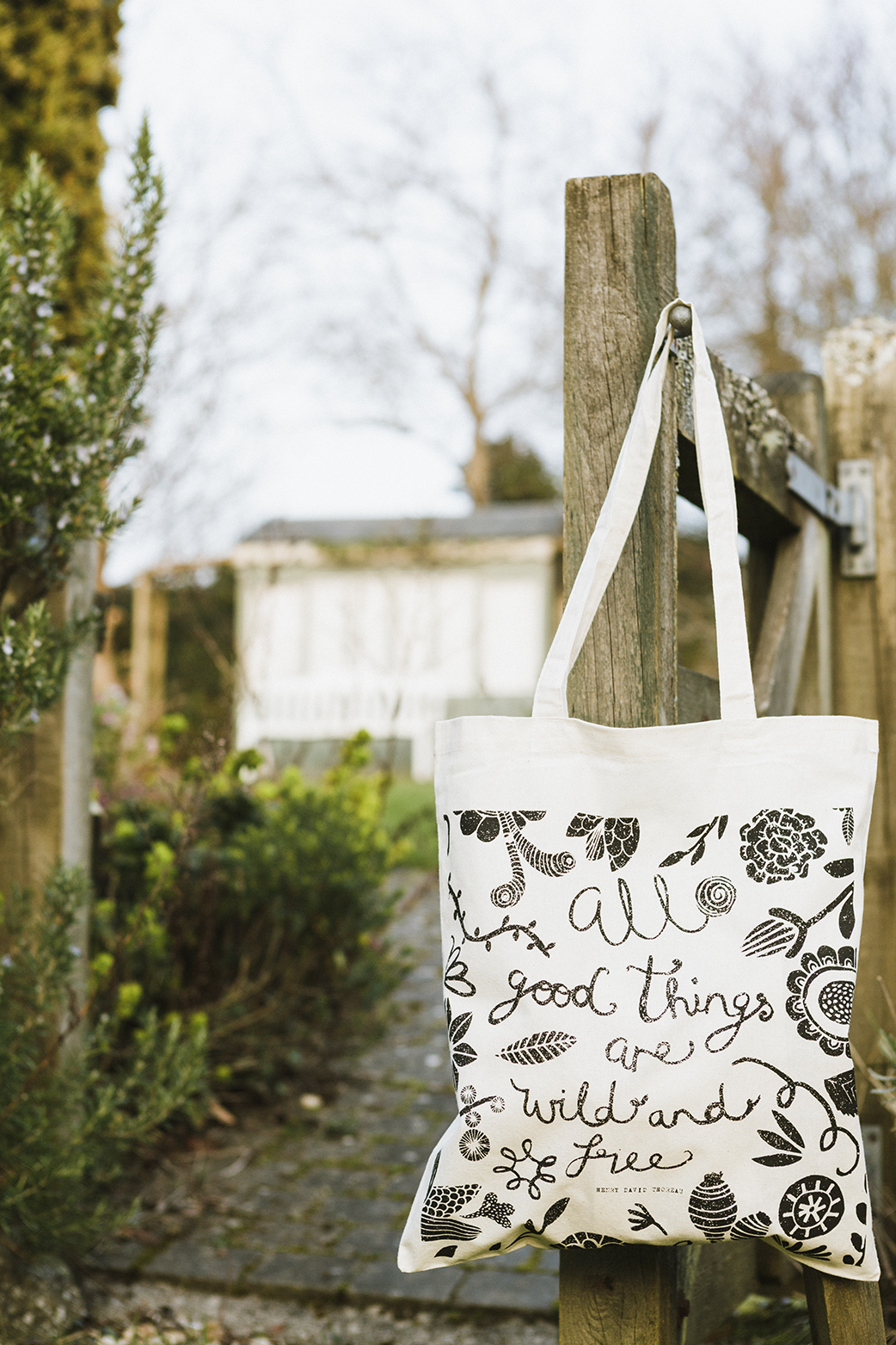 Totebags_wildandfree_gate