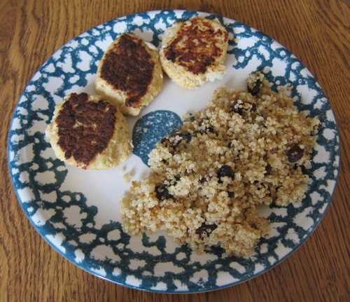 salmon fishcakes with quinoa