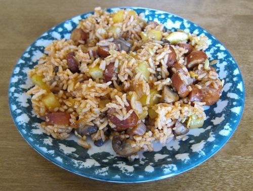 sausage jambalaya with mushrooms and green peppers