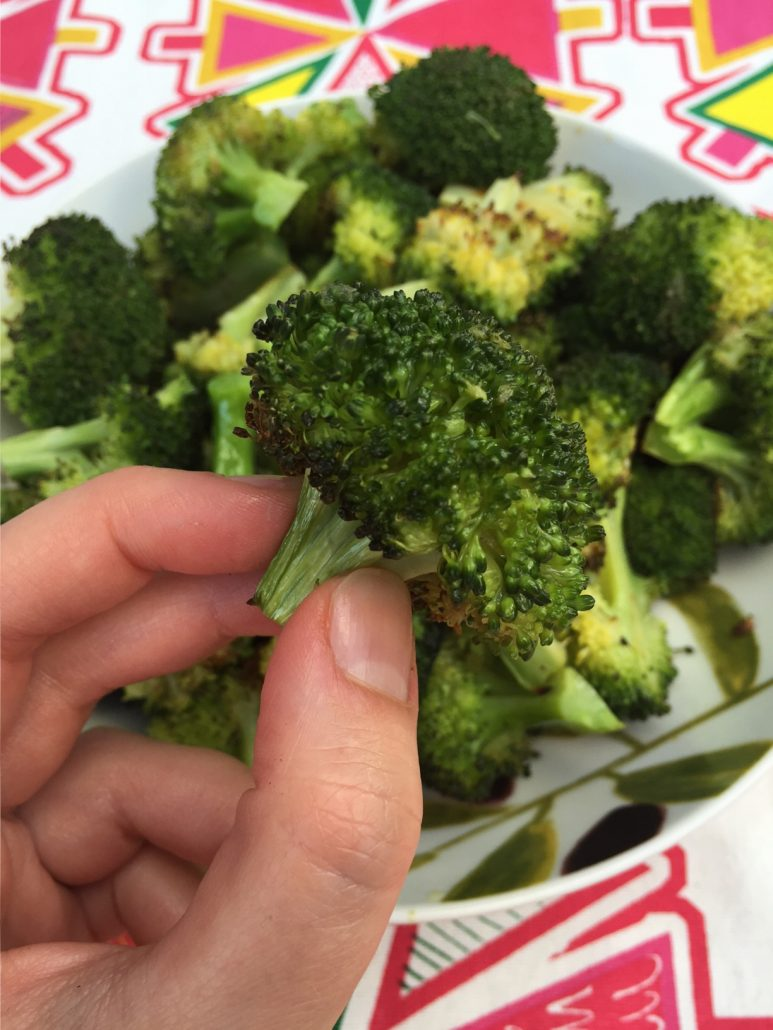 Easy Healthy Oven Roasted Broccoli Recipe