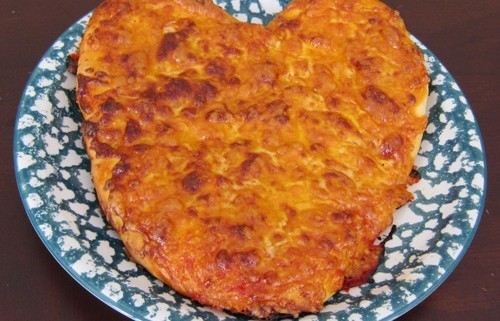How To Make Heart-Shaped Pizza