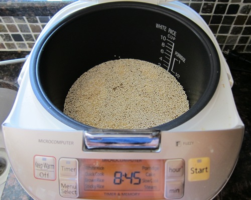 add water to quinoa in a rice cooker