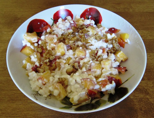 cottage cheese with peach and walnuts