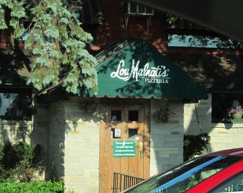 outside of Lou Malnatis restaurant
