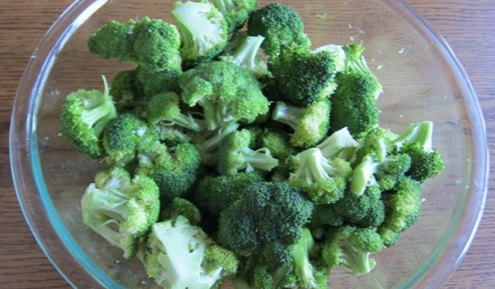 how to cook broccoli in a microwave