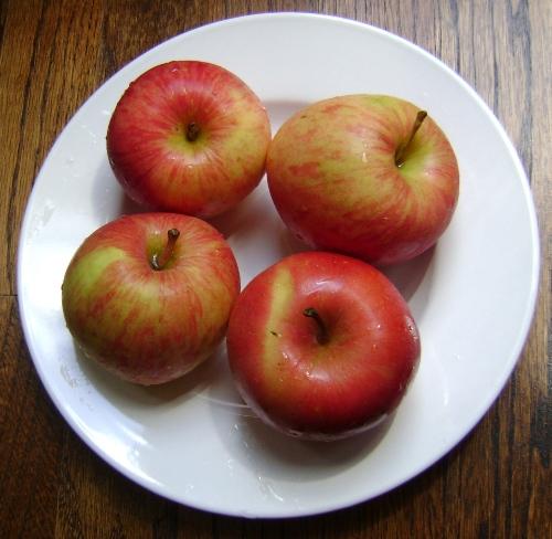 apples for sharlotka