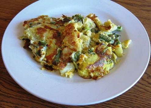 eggs with potato asparagus cheese