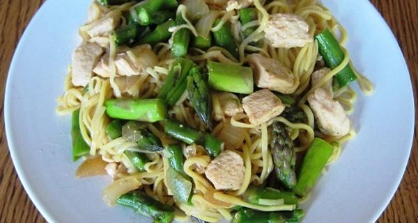 How To Make Chicken Lo Mein (a.k.a Chicken Chow Mein)