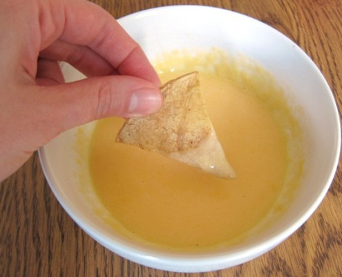 nacho cheese chip dip