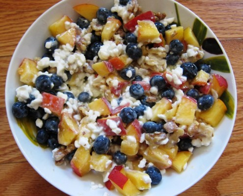 Cottage Cheese With Blueberries And Peach