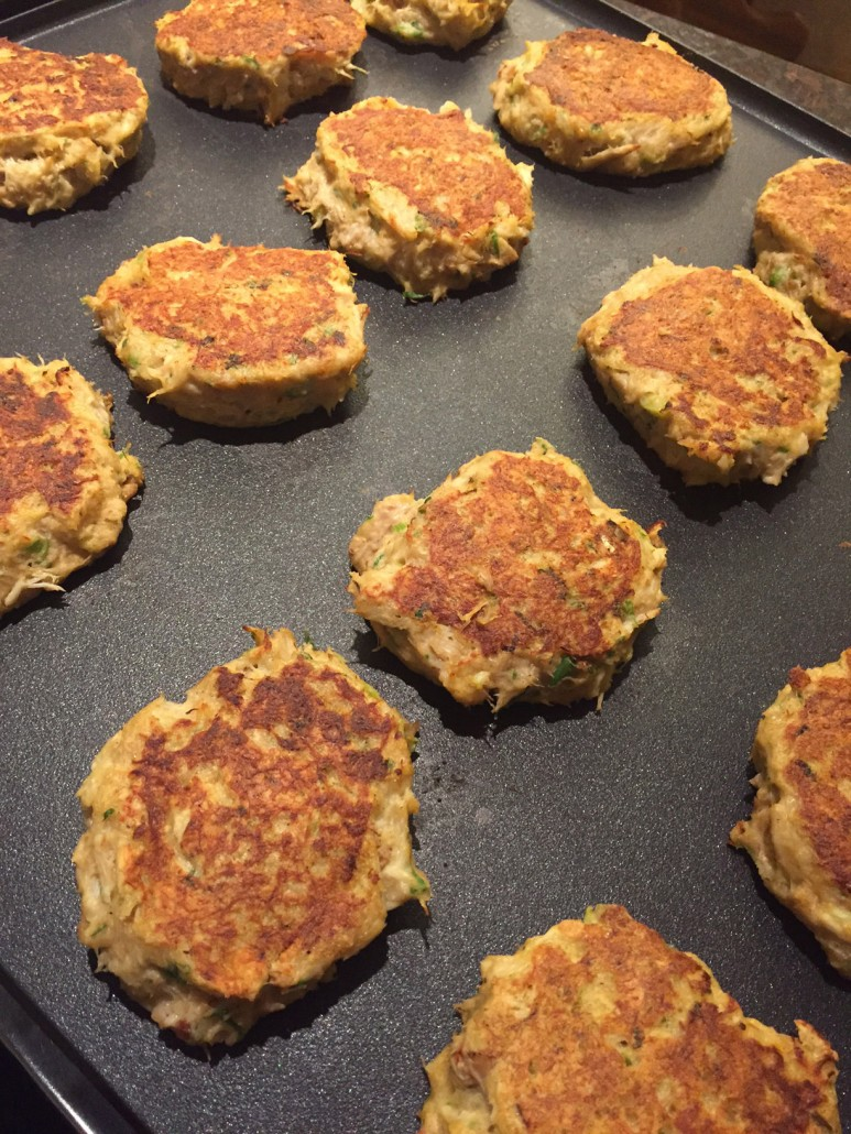 Best Easy Homemade Crab Cakes Recipe - How To Make Delicious Crabcakes!