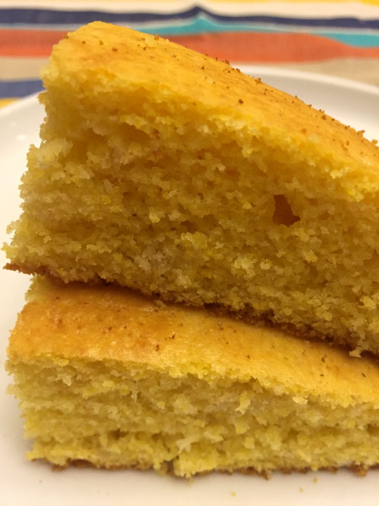 Easy Golden Fluffy Cornbread Recipe