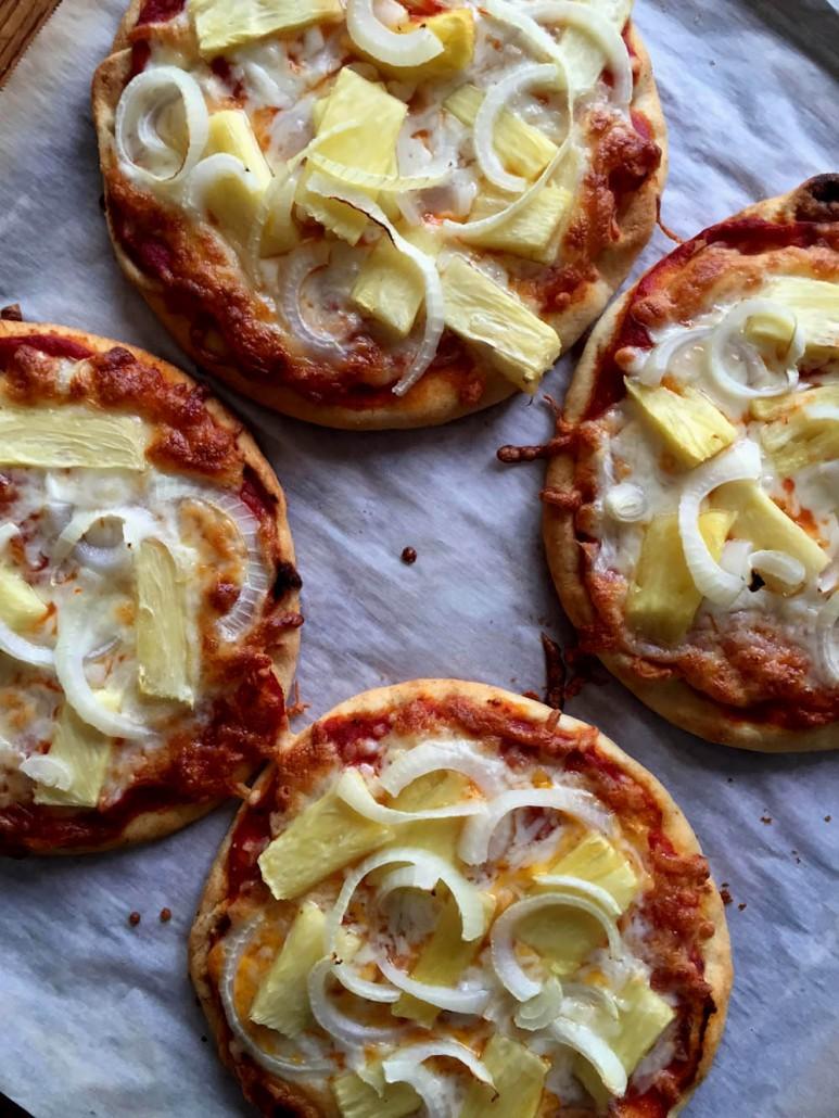 How To Make Hawaiian Pita Pizza