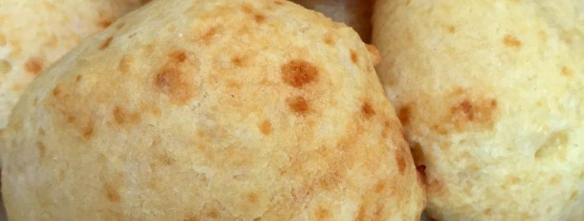 Brazilian Cheese Bread Rolls - Pao de Queijo