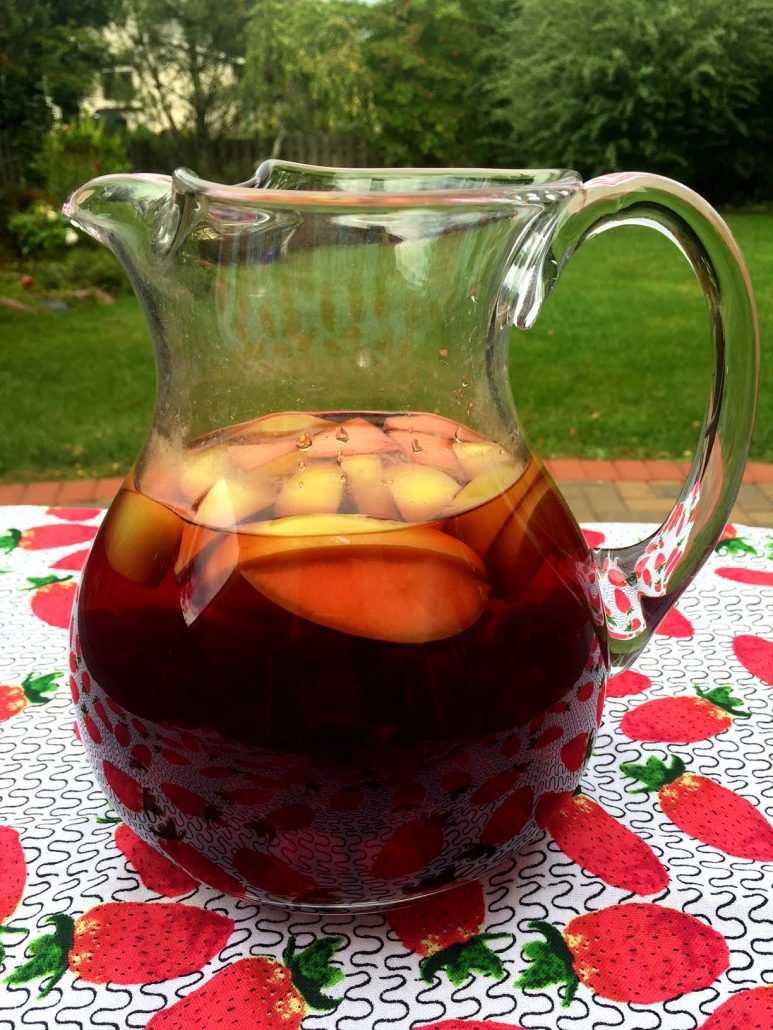 Naturally Sweet Fruit Infused Hibiscus Ice Tea - Zero Calorie Drink!