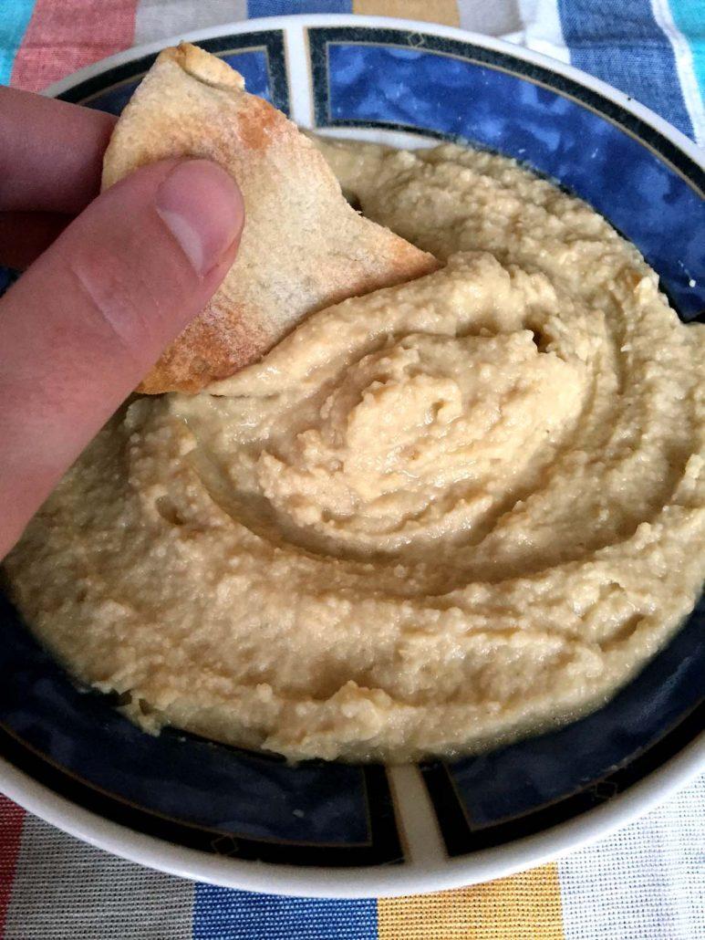 How To Make Sesame-Free Hummus Without Tahini