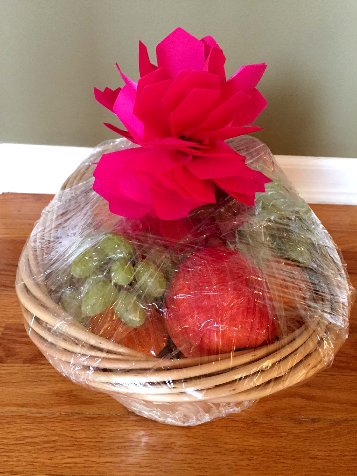 Easy DIY Fruit Basket Homemade Gift Idea