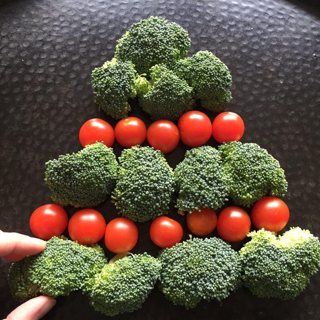 Christmas Tree Shaped Veggie Tray