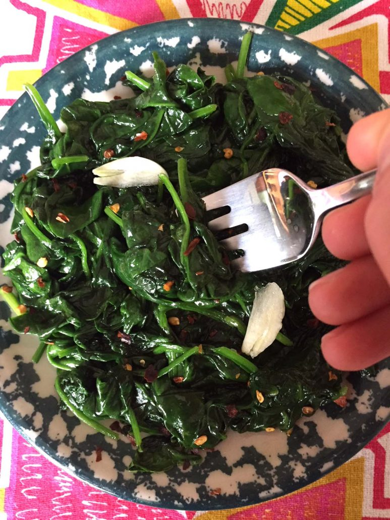 Spicy Garlic Sauteed Spinach Easy Recipe