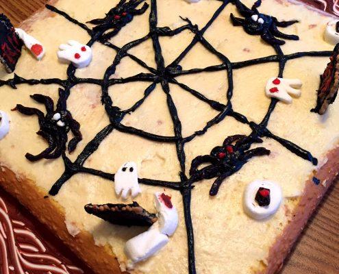 Halloween Cake Decorating Ideas