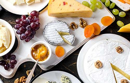 Party Cheese Platter - What Types Of Cheese To Serve At The Party