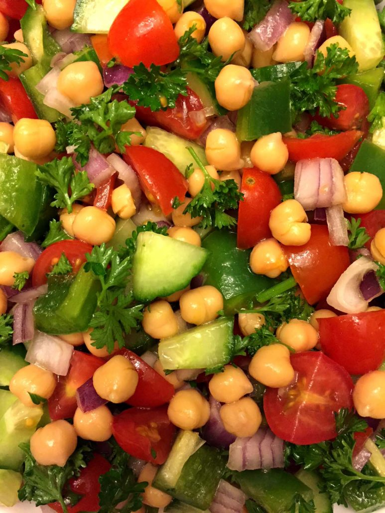 Easy Middle Eastern Chickpea Salad