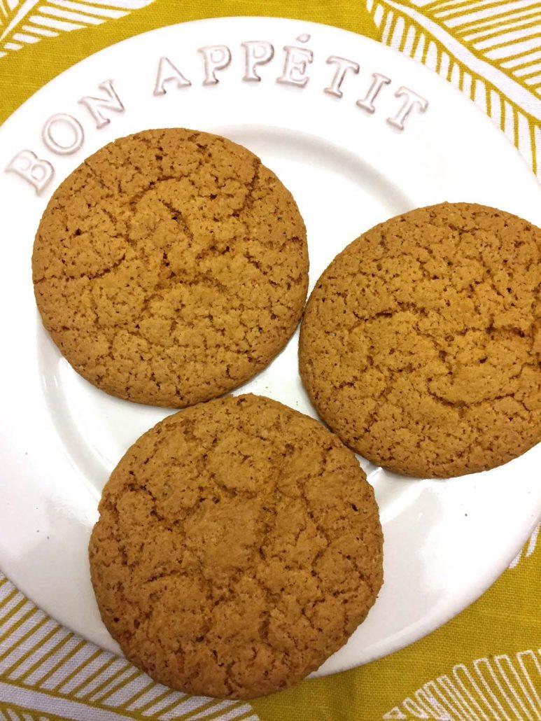 Vegan Cinnamon Maple Cookies