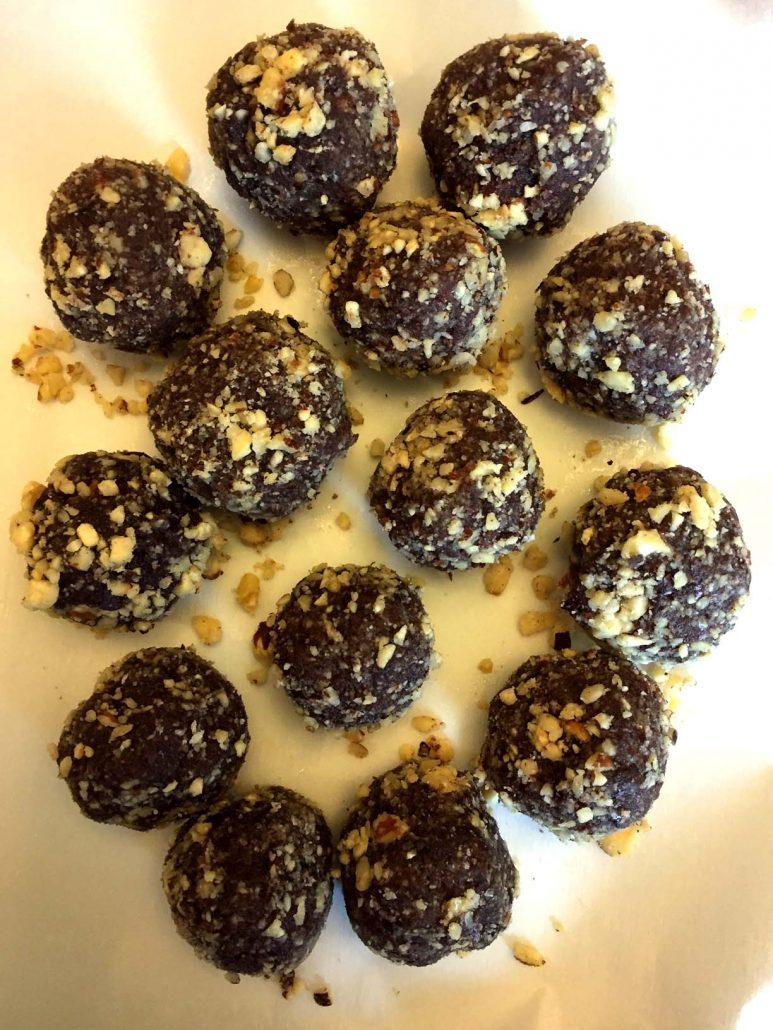 Gluten-Free Paleo Hazelnut Chocolate Balls