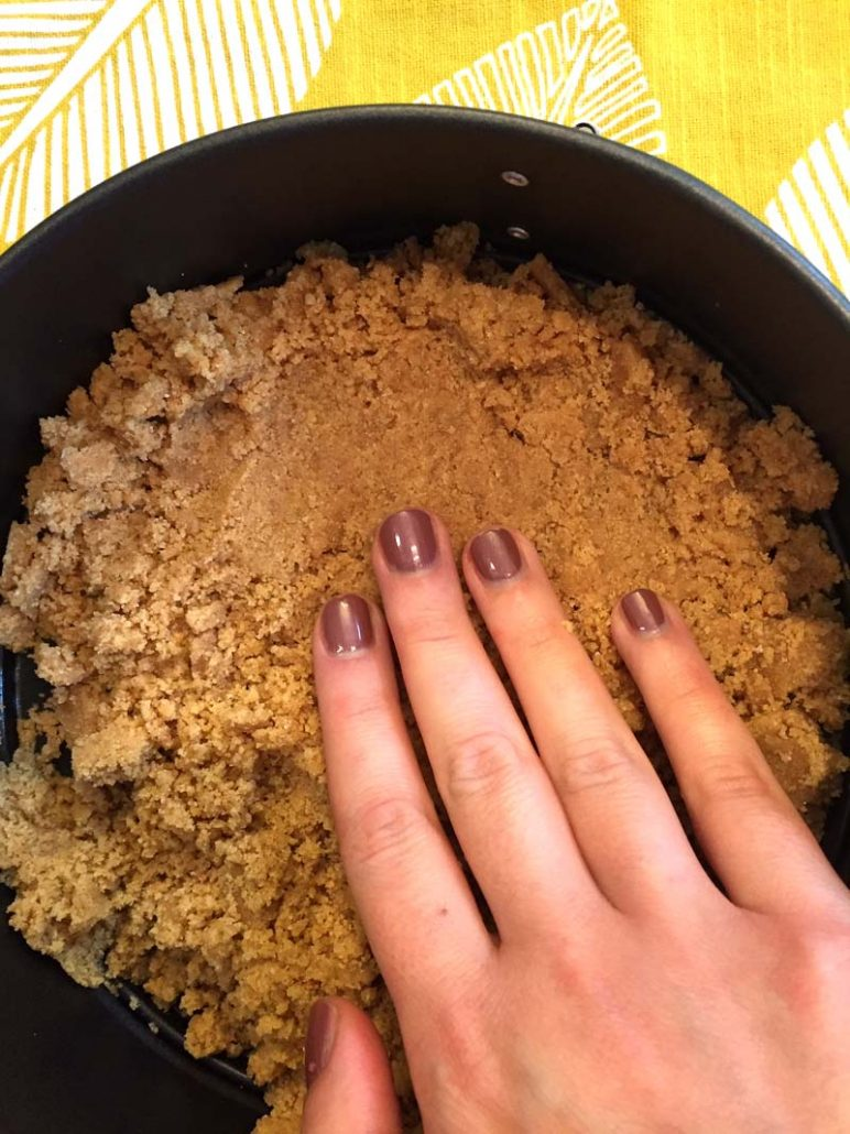 How to make graham cracker crust for the Instant Pot