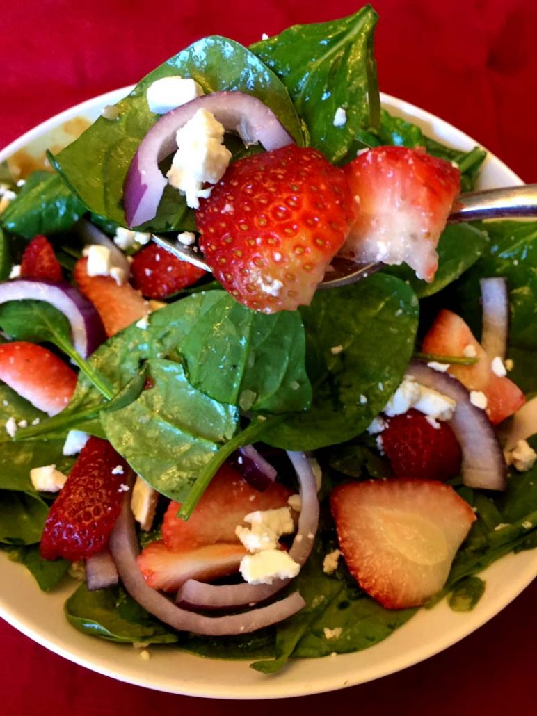 Easy Baby Spinach Salad With Feta Cheese